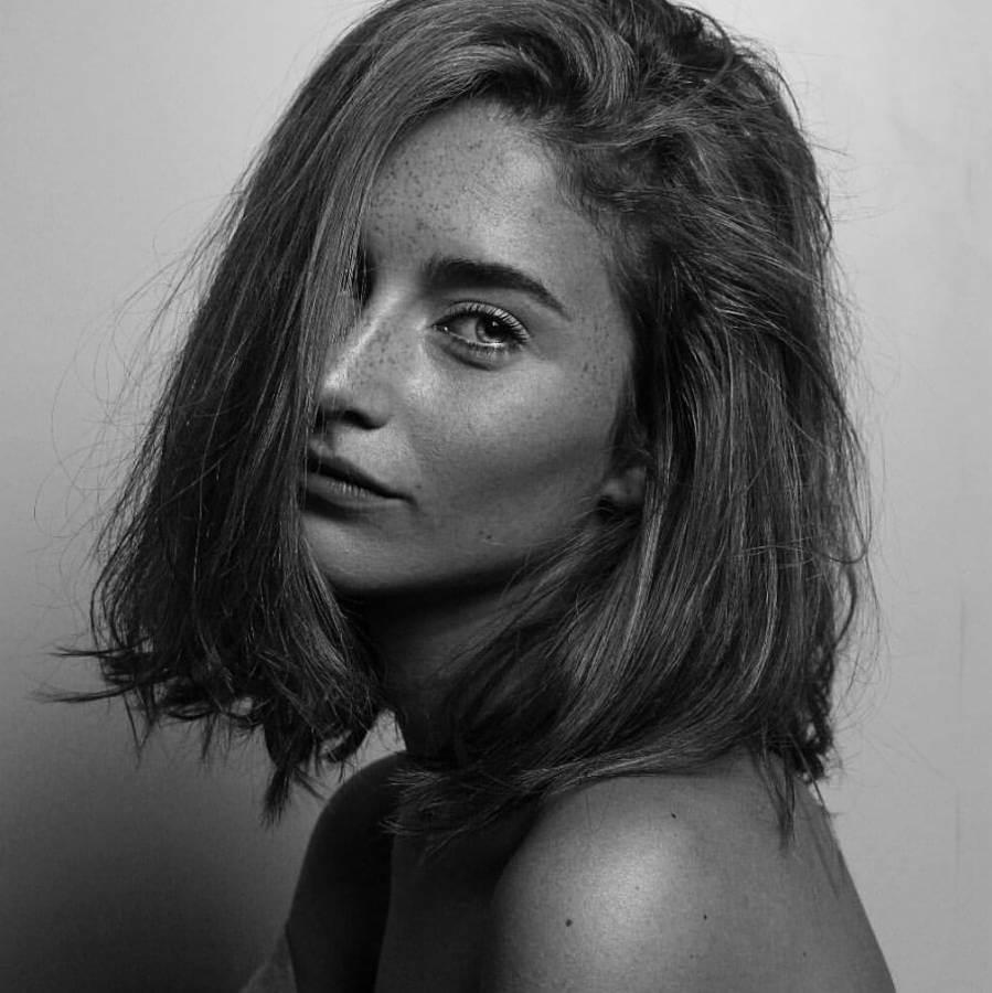 Aileen (1)